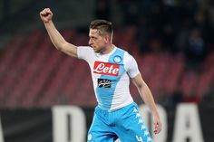 Emanuele Giaccherini of Napoli celebrates after scoring goal 2-0 during the Serie A match between SSC Napoli and Genoa CFC at Stadio San Paolo on February 10, 2017 in Naples, Italy.
