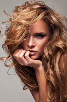 copper highlights on blonde hair