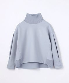 Sweat Shirt, Party Mode, Fashion Details, Fashion Design, Party Fashion, Mannequin, Capsule Wardrobe, Knitwear, Sportswear