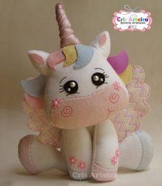 pronta-entrega-boneco-unicornio-28-cm-unicornio-de-feltro.jpg 1,049×1,200 pixeles