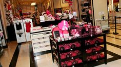 NYPD: Possible Fetus Found In Teen's Bag Inside NYC Victoria's Secret « CBS New York