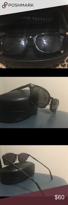 John Varvatos artisan men's sunglasses Mint condition  John Varvatos men's polarized sunglasses. All original packaging and hard case included. Never used, flexible metal and plastic frame for flexibility and durability, nice dark green, brown and black color. John Varvatos Accessories Sunglasses
