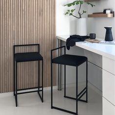 Chairs For Kitchen Island, Kitchen Breakfast Bar Stools, Dining Stools, Kitchen Stools, Kitchen High Chairs, Room Kitchen, Dining Room, Dining Table, High Bar Stools