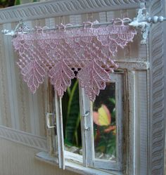 how to: curtain rod and brackets