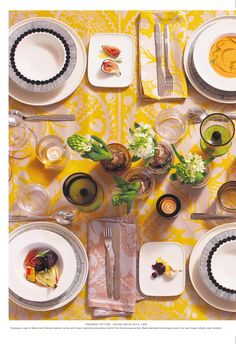 ISSUU - Marimekko paper holiday 2014 by Marimekko Holiday 2014, Baroque Fashion, Marimekko, Make It Simple, Table Settings, Dining, Paper, Meal, Table Top Decorations