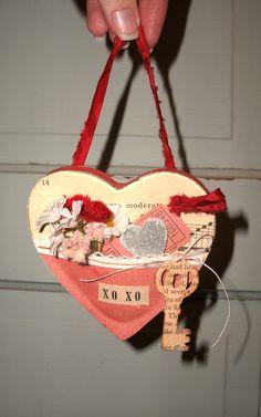 Altered Valentine's Day Pocket Heart.