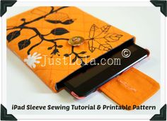 JustLola shows us how she sewed a quilted sleeve for her iPad Mini. See how she does it!