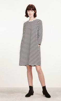 MARIMEKKO. B/w jersey dress ARETTA with classic TASARAITA stripes. Other color combinations and prints also available. 100 % cotton, side slit pockets. EUR 99.