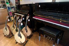 Bom dia! Pianos, guitarras e todo o tipo de instrumentos musicais e acessórios, encontra no Salão Musical de Lisboa. Visite-nos www.salaomusical.com .