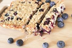 Baby Blueberry & Oat Nibble Bars - gluten-free, dairy-free, sugar-free - BLW