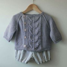 Diy Crafts - A simple, asymmetrical cardigan with a pretty center panel, Eulalie is knit in one piece from the top down. The simple lace panel with it Knitting For Kids, Baby Knitting Patterns, Baby Patterns, Cardigan Bebe, Baby Cardigan, Knit Or Crochet, Crochet For Kids, Toddler Sweater, Baby Sweaters