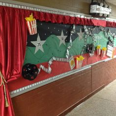 Hollywood themed bulletin board originally used for progression of accelerated reader. I could use for SOE boards. Hollywood Bulletin Boards, Ar Bulletin Boards, Hollywood Theme Classroom, Classroom Themes, Classroom Walls, Classroom Organization, Library Themes, Library Ideas, Accelerated Reader Board