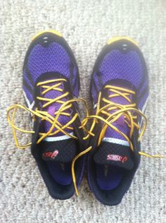 Ascics Fuji Racers - comfortable, lightweight, and pretty :)