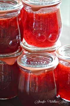 Homemade Strawberry Jam - I think I'll grate an apple for the pectin, instead. But sounds yummy!