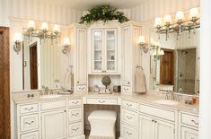 Traditional bathroom 455356212325556207 - Amazing modern bathroom vanity ideas Source by abrothwell Corner Bathroom Vanity, Bathroom Vanity Designs, Bathroom Interior Design, Modern Bathroom, Bathroom Vanities, Bathroom Ideas, Bathroom Cabinets, Small Bathrooms, Cozy Bathroom