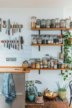 Owned by two chefs this kitchen with reclaimed countertops and Ikea units makes use of open shelving to keep their collection of spices to hand #kitchendesign #kitchenlayoutideas #openshelvinginthekitchen #openshelveskitchen #magneticknifestrip #spicerackideas ???? Shantanu Starick #homedecorstyle #home #decor #style #open #shelves Kitchen Dining, Kitchen Decor, Ikea Kitchen Shelves, Kitchen Racks, Kitchen Corner, Buy Kitchen, Kitchen Small, Kitchen Modern, Country Kitchen
