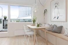 (3) BO HØYT OG FRITT I EKEBERGSKRENTEN: Nydelig 2-roms med 15,6 kvm vestvendt takterrasse med rå utsikt! - Lekre detaljer - Mulighet for P-plass - Lave f.kost - Nærhet til marka og sentrum! | FINN.no Fritters, Dining Bench, Real Estate, Furniture, Home Decor, Rome, Fried Dumplings, Homemade Home Decor, Table Bench