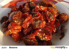 Domácí sušená rajčata TOP recept - TopRecepty.cz Dried Tomatoes, Raw Food Recipes, Tandoori Chicken, Preserves, Pesto, Kimchi, Kids Meals, Pickles, Pork