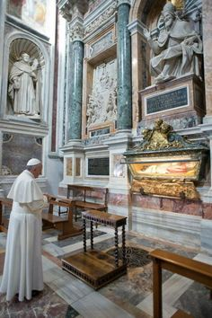 Pope Francis' visit to Saint Mary Major.