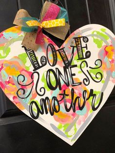 Heart Cutout Unfinished Wood Valentine/'s Day Door Hanger Shape Canvas Style 1