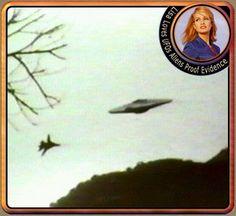 best-alien-ufo-videos-photos-ever9 by Aliens UFOs Proof Evidence Photos Videos, via Flickr