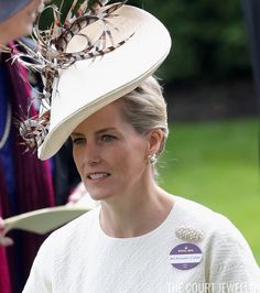 Ella Kay (@courtjeweller) on Twitter:  Royal Ascot 2016, Day 1, June 14, 2016-Countess of Wessex