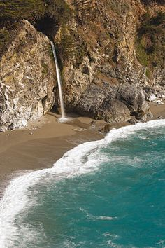 McWay Falls in Julia Pfeiffer Burns State Park, Big Sur, California.