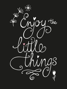 Kaart Enjoy the little things Ansichtkaart met quote Enjoy the little things.
