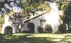 Beverly Hills 90210 (Walsh house) - 1675 E. Altadena Drive, Altadena, California, USA