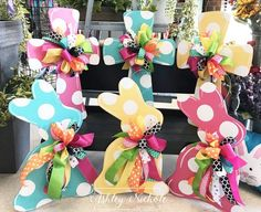 61 ideas for easter cross door hangers burlap wreaths Spring Crafts, Holiday Crafts, Decor Crafts, Diy And Crafts, Cross Door Hangers, Diy Ostern, Easter Cross, Ideias Diy, Easter Gift