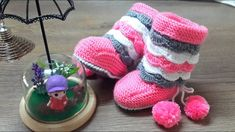 Knit Baby Shoes, Baby Booties, Crochet For Kids, Crochet Baby, Crochet Boot Socks, Baby Bot, Cute Cat Wallpaper, Crochet Fashion, Baby Knitting Patterns