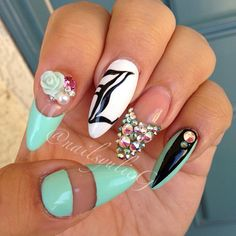 Mint Black Bling Stiletto Almond Nails @nailsyulieg