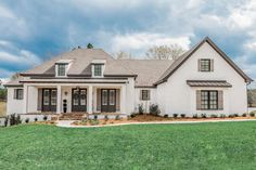 French Country Plan: 3,032 Square Feet, 4 Bedrooms, 2.5 Bathrooms - 041-00205 French Country House Plans, Southern House Plans, Family House Plans, Modern Farmhouse Plans, Best House Plans, French Country Style, Southern Homes, Farmhouse Style, European Style