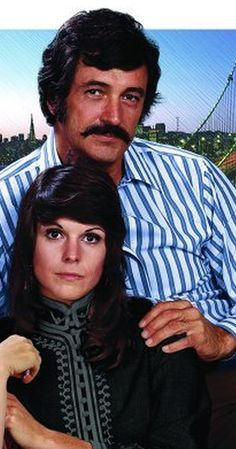 McMillan & Wife McMillan and Wife, Starring Rock Hudson and Susan Saint James, the series took place in San Francisco. Rock Hudson was the Commissioner, and Susan Saint James was his crime solving wife. 70s Tv Shows, Great Tv Shows, Mejores Series Tv, John Wilson, Detective Shows, Plus Tv, Tv Detectives, Image Film, Vintage Television