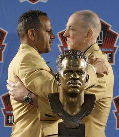 First Football Game, Nfl Football, Football Players, Nfl Hall Of Fame, Football Hall Of Fame, Buffalo Bills Quarterbacks, Jim Kelly, True Red