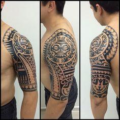 Acabada. Quatro sessoes estendidas para finalizar toda a tattoo. Ficou louuucaaa essa. Jaja vamos descer pra 3/4 eim. Hahaah. valeu Ale. #maoritattoo #maori #polynesian #tattoomaori #polynesiantattoos #polynesiantattoo #polynesia #tattoo #tatuagem #tattoos #blackart #blackwork #polynesiantattoos #tribal #guteixeiratattoo #tiki #tikitattoo