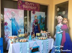 Frozen theme Party By: Super Glam Party Decorations like us on FB!
