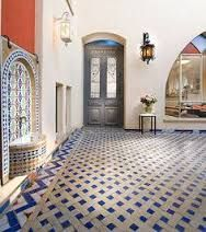 Andalusian designs: tile, water features, court yards - BLUE & WHITE DIAMOND TILE PATTERN WITH SMALL WATER FEATURE