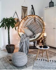 Whoa Retro home decor ideas - A big amazing retro collection on help. retro home decorating diy example and trick ref 8358731376 produced on this day 20190209 Hanging Swing Chair, Swinging Chair, Hanging Chairs, Bedroom Swing Chair, Swing Chairs, Room Chairs, Chairs For Living Room, Hanging Chair From Ceiling, Hanging Basket
