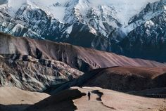 INDIA. 1996. Rise of the Himalayas - Steve McCurry