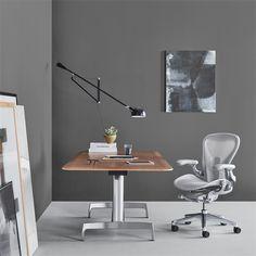 Omni - Pages - Image Library Office Furniture Design, Smart Furniture, Chair Design, Furniture Market, Furniture Ideas, Bubble Lamp, Office Chair Cushion, Desk Chair, Desk Setup