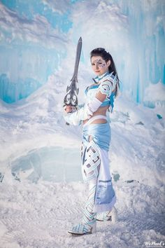An Absolutely Beautiful Guild Wars 2 Norn Cosplay [Picture Gallery]