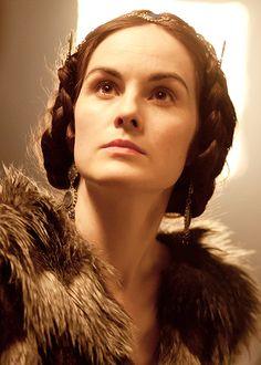 .Lady Mary Crawley, lost in shock & grief. Mathew CrawleySeason 4.
