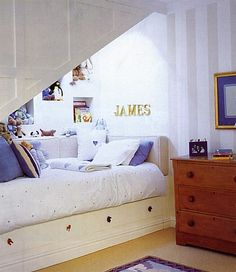 Awesome bedroom! This would work under stairs too.
