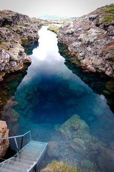 Silfra, snorkel spot in iceland