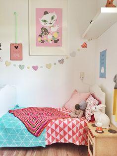 Little girl's bedroom Girls Bedroom, Bedroom Decor, Bedroom Ideas, Kids Corner, Rooms Decoration, Teal Nursery, Ideas Dormitorios, Daughters Room, Little Girl Rooms