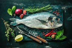Dieta osób cierpiących na cukrzycę, choroby serca lub mających problemy z tarczycą powinna zawierać ryby