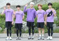 180820 commute to isac filming Fandom, Astro Boy, Cha Eun Woo, Sanha, Kpop, Minhyuk, Pop Group, Cute Boys, Rapper