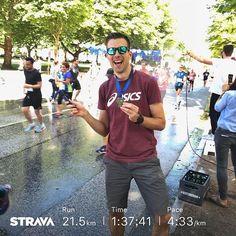 Race time  First run  then cheering  Hella Halbmarathon  - - -#laufen #asicsfrontrunner #running #run #instarunners #welovehh #timetorun #loverunning #fitnessmotivation #happyrunners #runner #imoveme #laufenmachtglücklich #hellahalbmarathon #runnerslife #runtastic #tiderunnershh #hardlopen #hamburg #togetherwecan #irun #löpning #flooorrriiimotiviert #runnersworld #correr #dieallesgeben #runtoinspire #trailrunning #workout