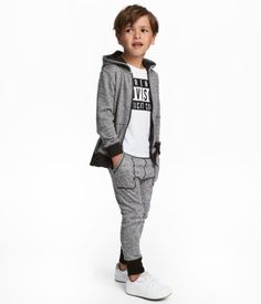 Joggers in lightweight, melange sweatshirt fabric. Elasticized drawstring waistband, dropped gusset, side pockets, and ribbed hems. Young Boys Fashion, Cute Kids Fashion, Baby Boy Fashion, Boys Clothes Style, Boys And Girls Clothes, Baby Kids Clothes, Boys Dress Outfits, Toddler Boy Outfits, Boys Joggers